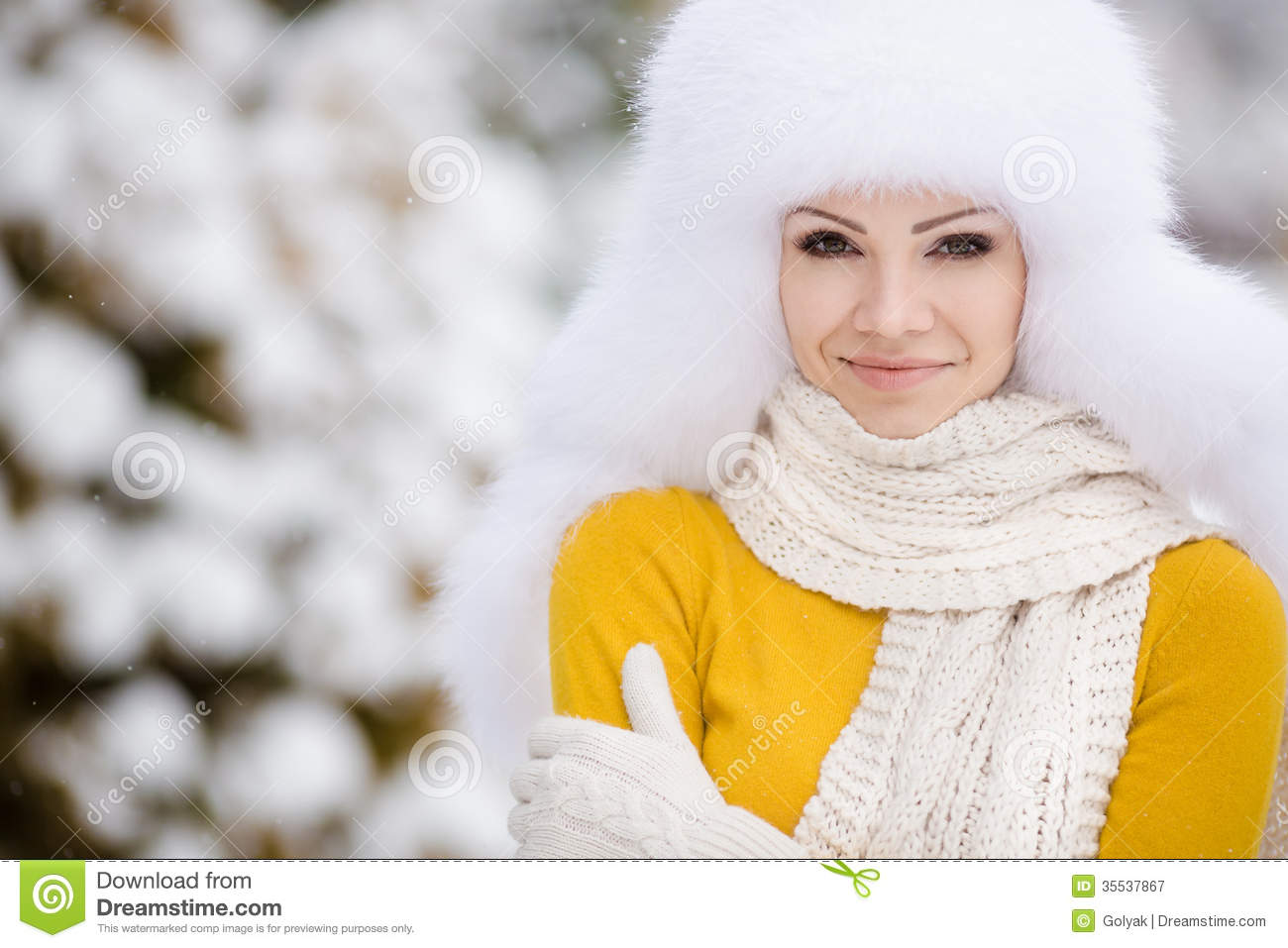9a18c1e13d962 Christmas New Year Snow Winter Beautiful Girl In White Hat Nature ...
