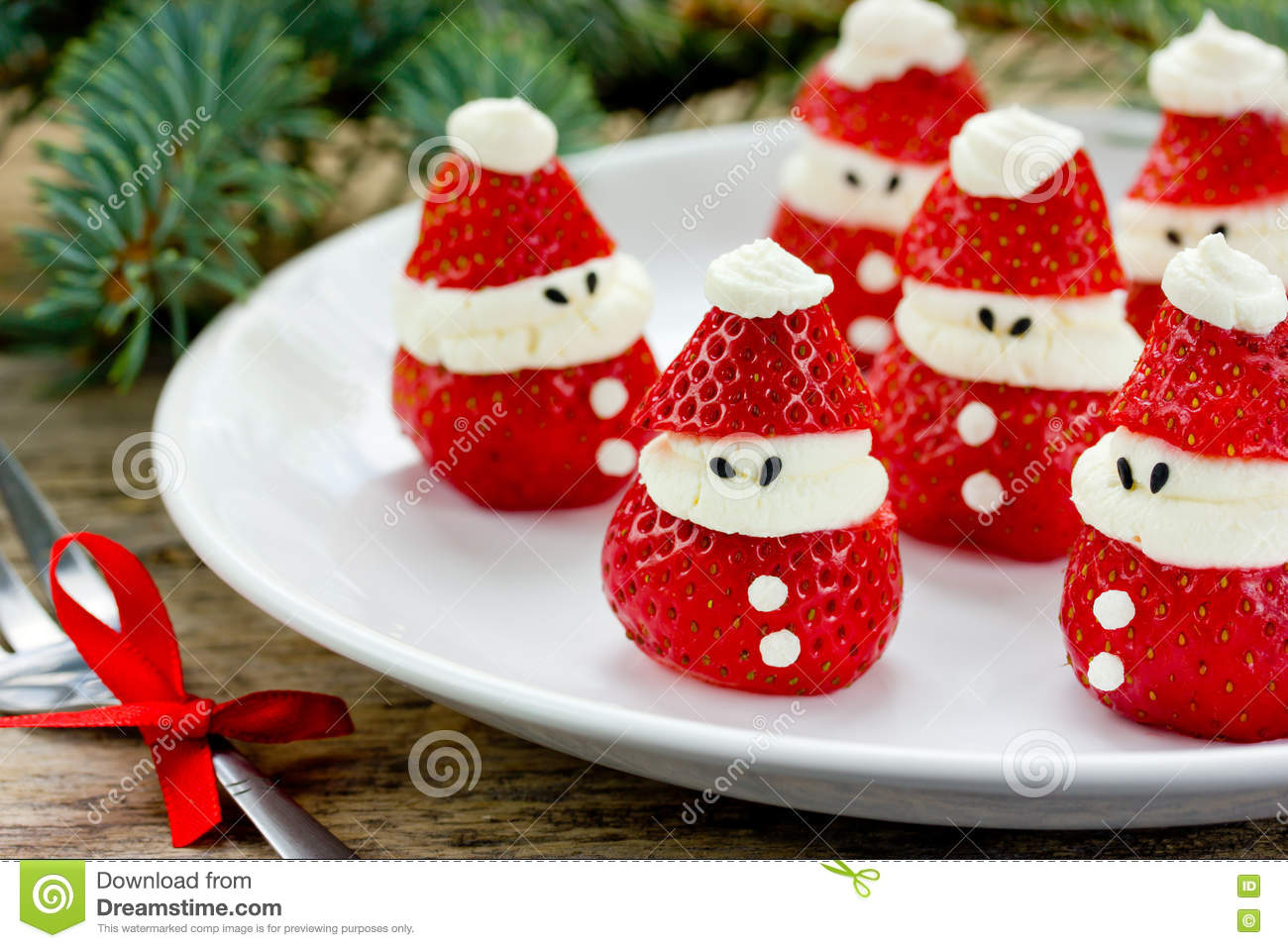 christmas party ideas for kids strawberry santa recipe - Childrens Christmas Party Decoration Ideas