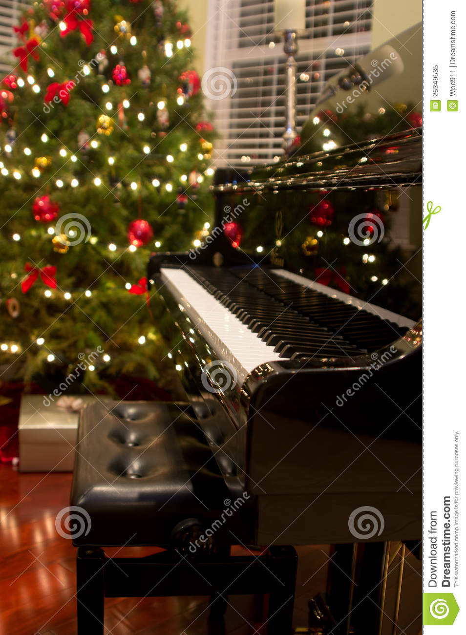 christmas piano wallpaper - photo #6