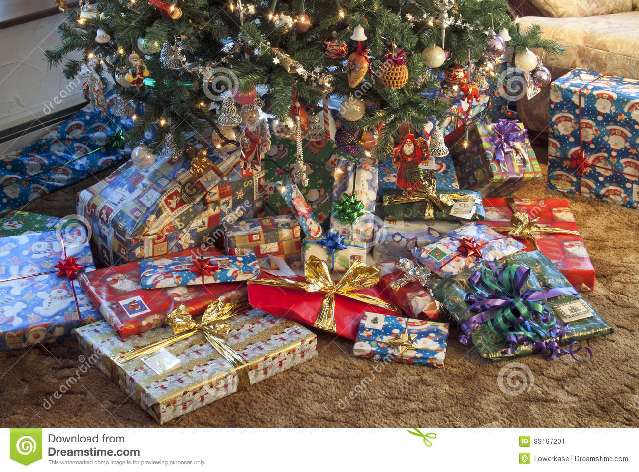 Getting Around - The New York Times |Wrapped Christmas Presents Under The Tree