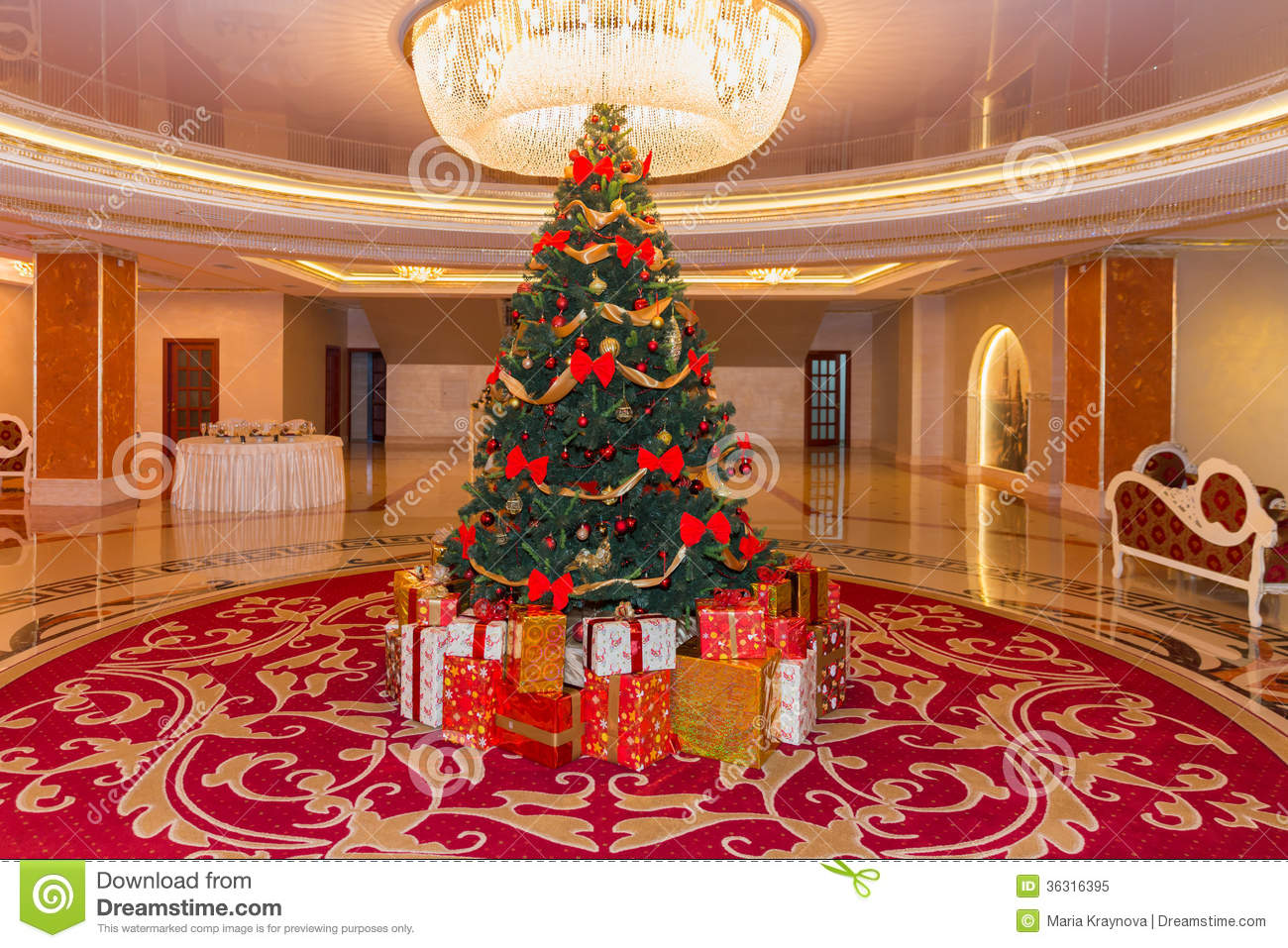15 Artificial Christmas Tree