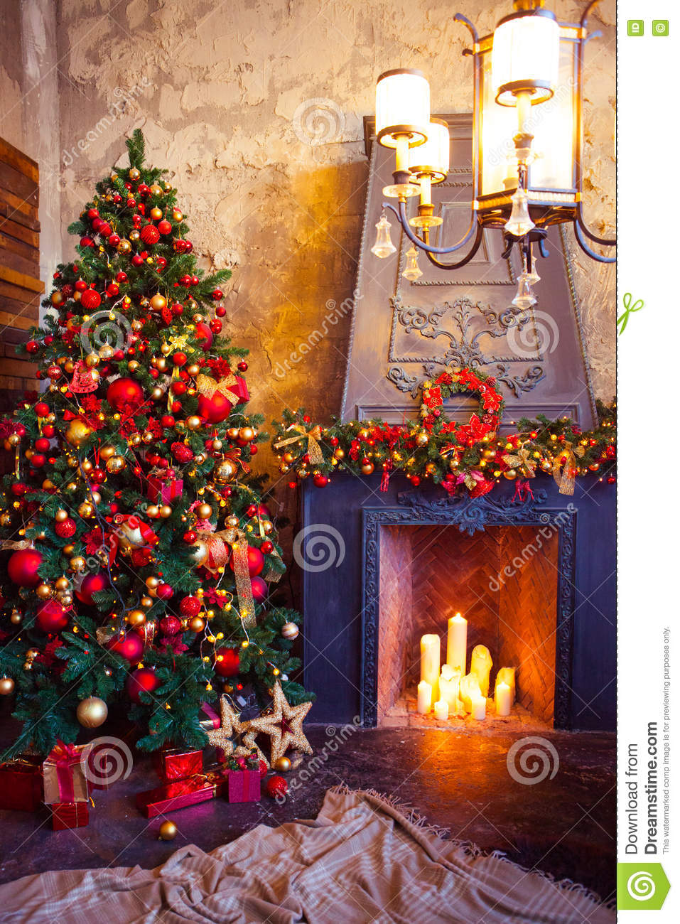 Christmas Room Interior Design Decorated Tree In Garland Lights Royalty Free Stock Photography