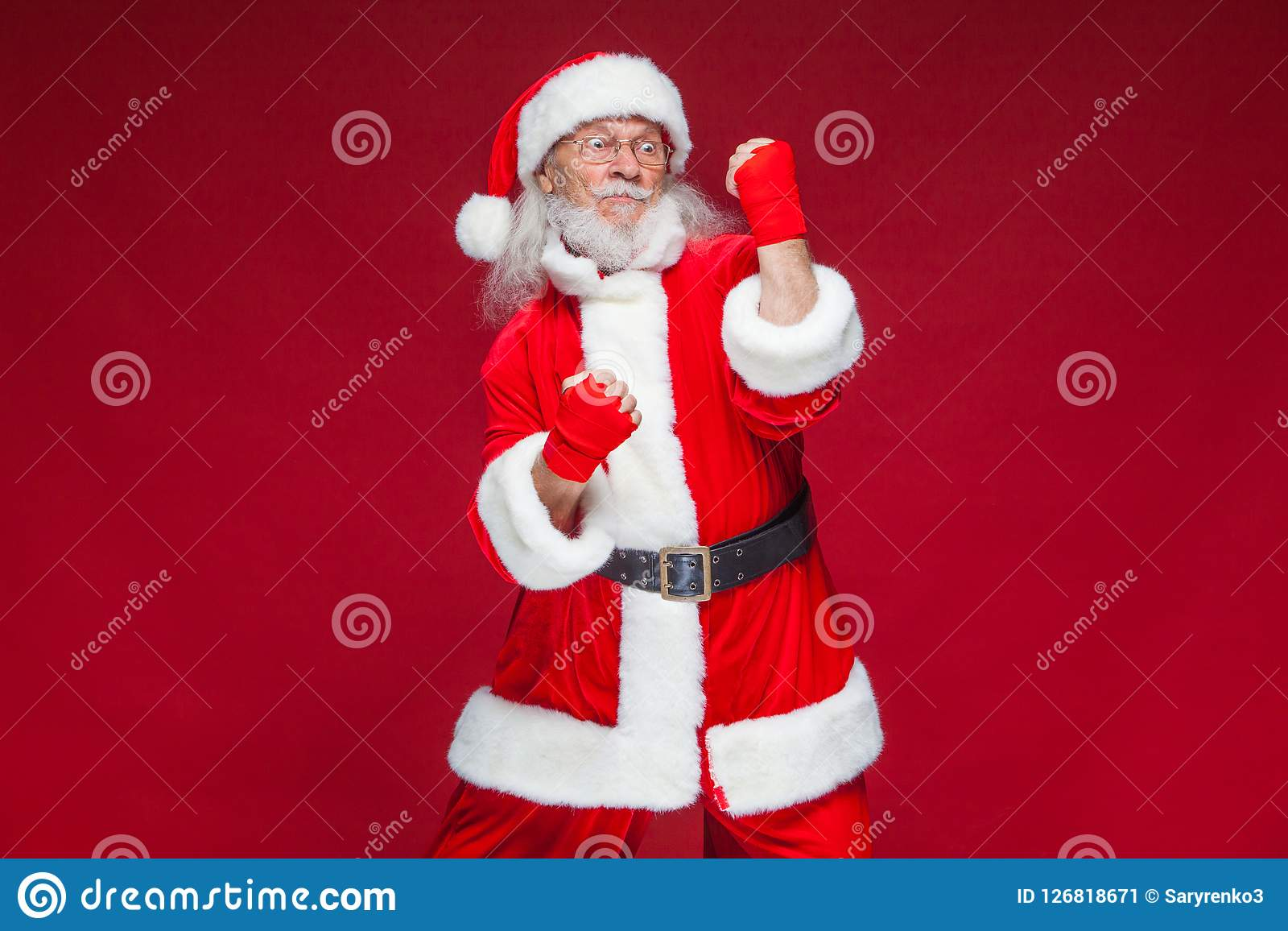 Kickboxing Santa Claus Stock Illustrations – 20 Kickboxing Santa Claus  Stock Illustrations, Vectors & Clipart - Dreamstime