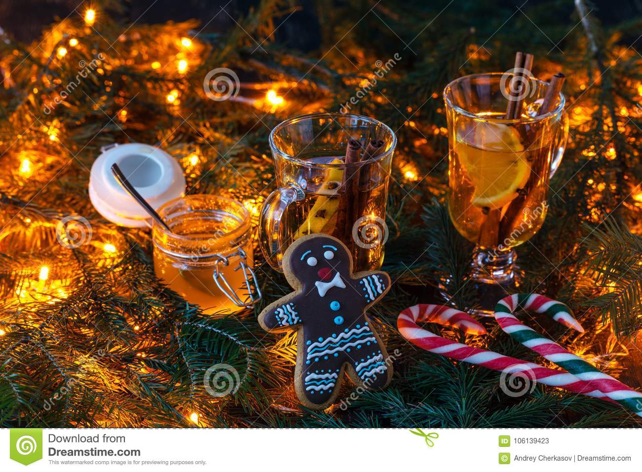 Christmas scenery and entertainments with spices and citruses