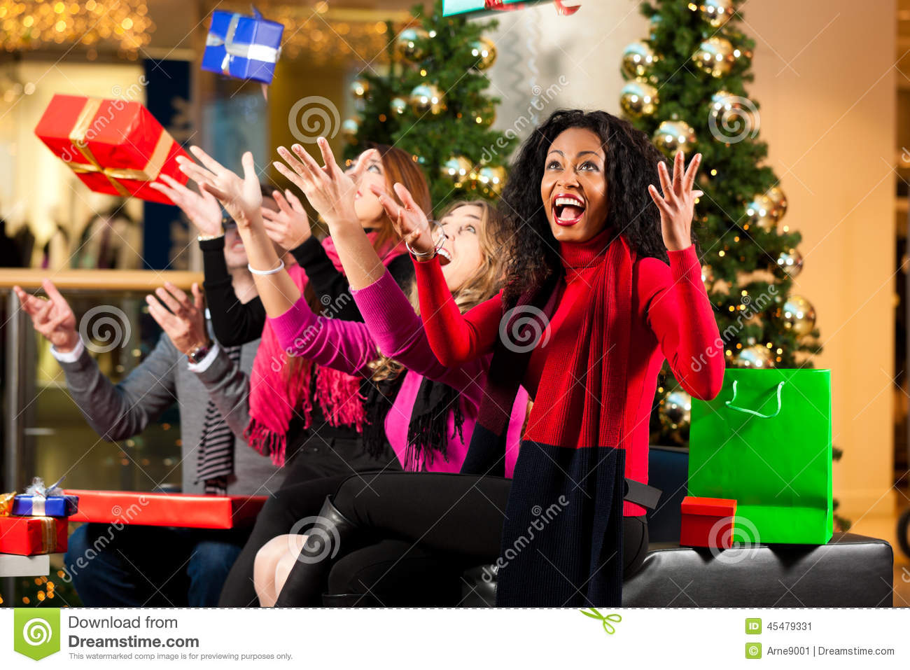 Black People Christmas Pictures.Christmas Shopping Friends In Mall Stock Image Image Of