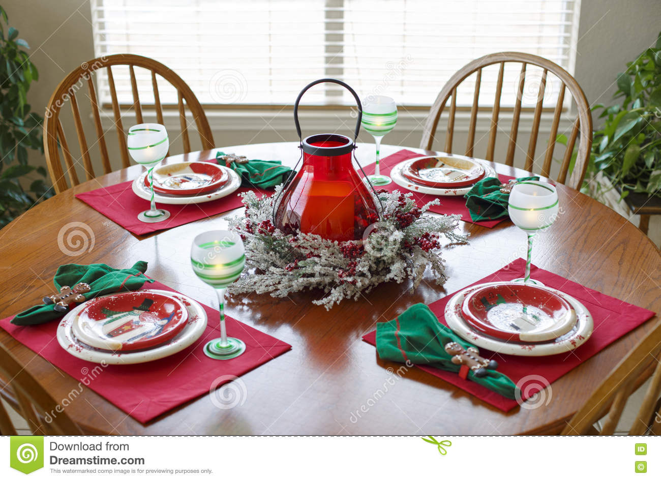 Christmas Table Holiday Dining Dinner Setting Arrangement Stock ...