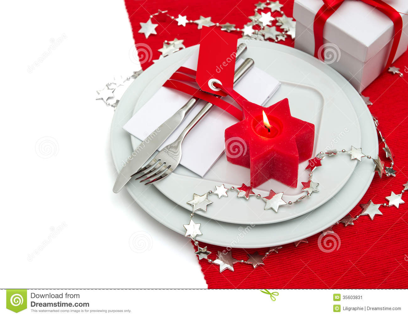 Christmas table place setting decoration in red and silver for Table noel rouge