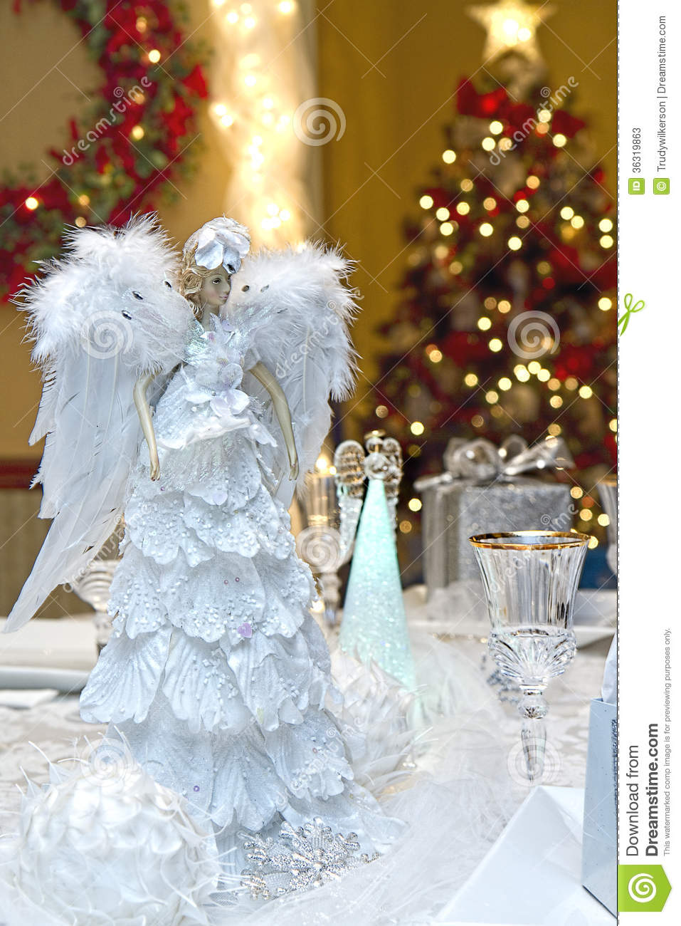 Christmas Table Setting Stock Photos Image 36319863