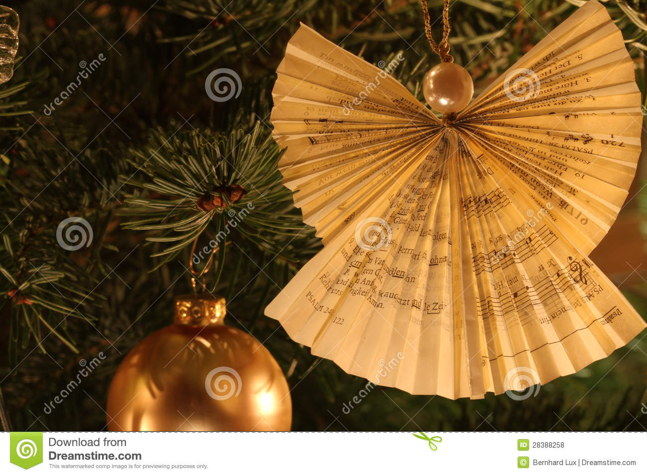 Christmas tree angel decoration stock photo image 28388258 for Angel christmas tree decoration