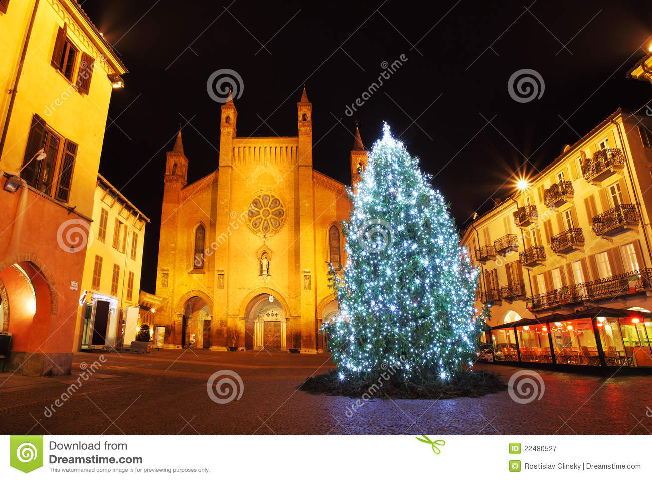 Historical Stock Prices >> Christmas Tree On Central Plaza. Alba, Italy. Royalty Free Stock Photography - Image: 22480527