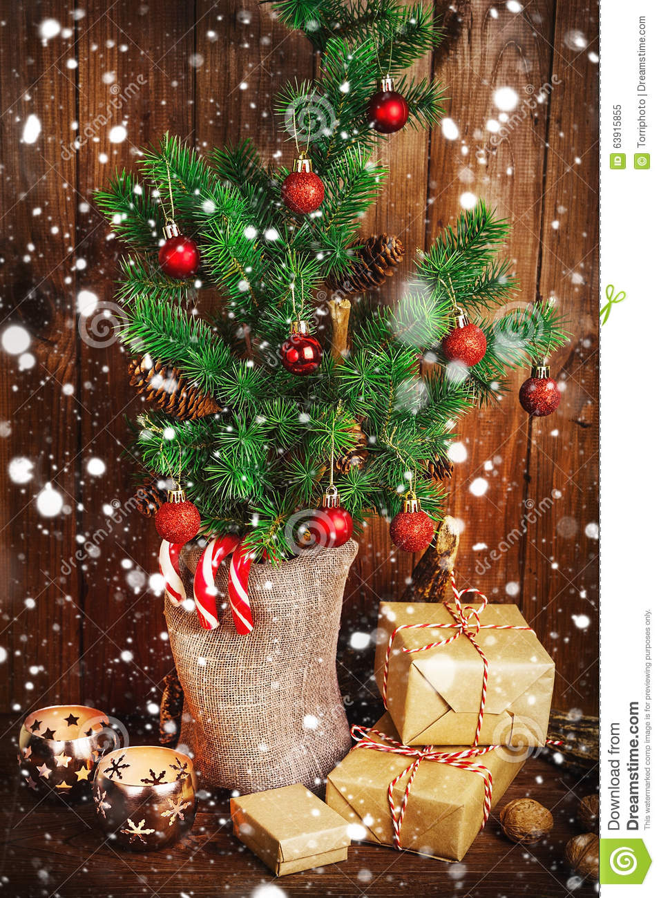 christmas tree and christmas decorations - Snowing Christmas Decoration