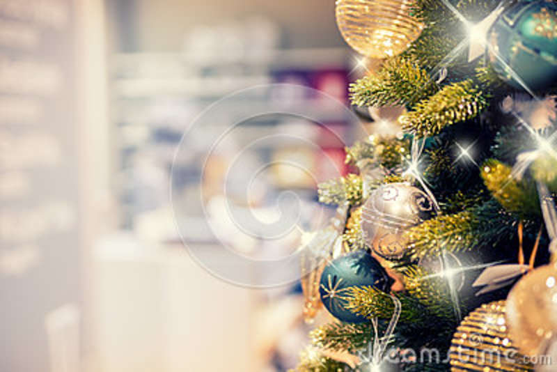 Clearance Christmas Decor.Christmas Tree With Gold Decoration In Shopping Mall
