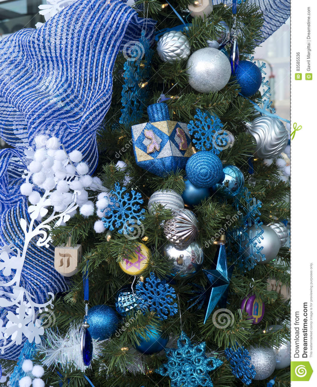 Christmas Tree With Hanukkah Decorations Stock Photo - Image of ...