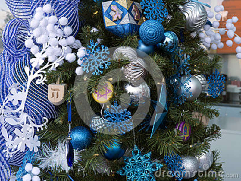 Christmas Tree With Hanukkah Decorations Stock Image - Image of ...