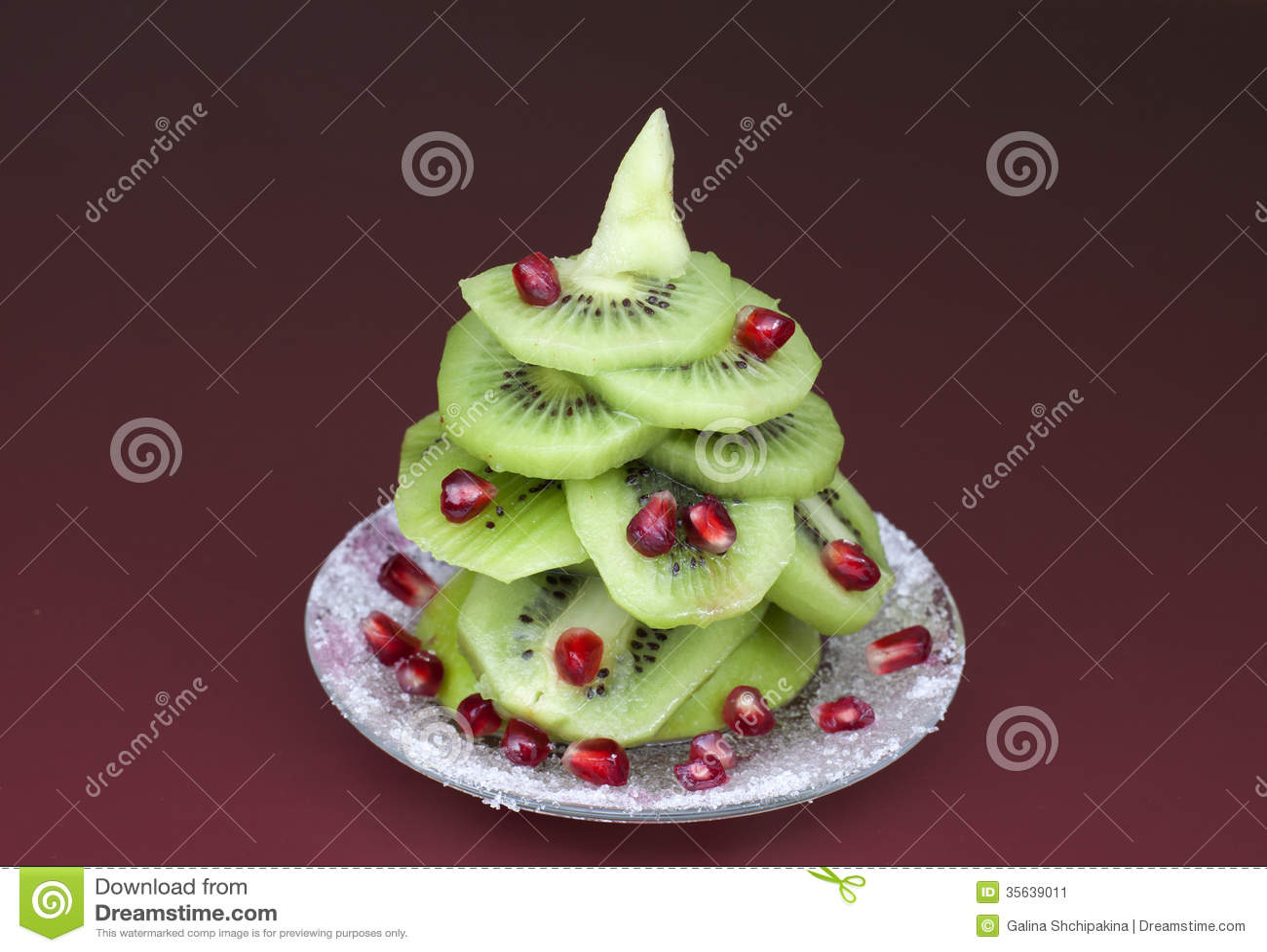 christmas-tree-made-kiwi-pomegranate-seeds-35639011.jpg