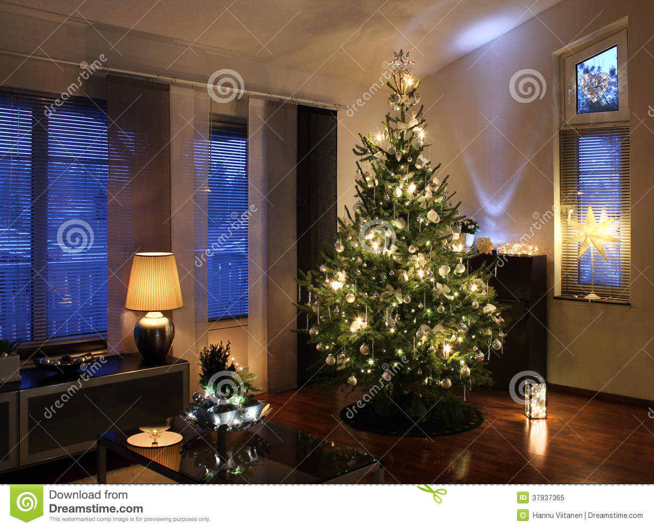 Christmas Tree In Modern Living Room Stock Image Image Of Season Decorated 37937365