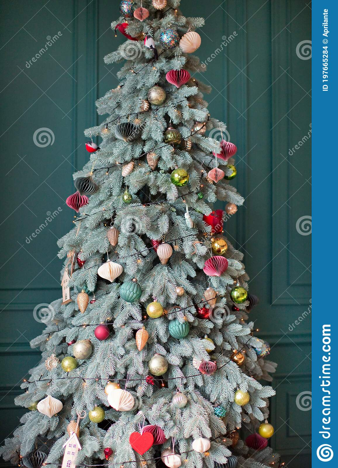 Christmas Tree With Pink Gold Decorations Stock Photo Image Of Merry Modern 197665284