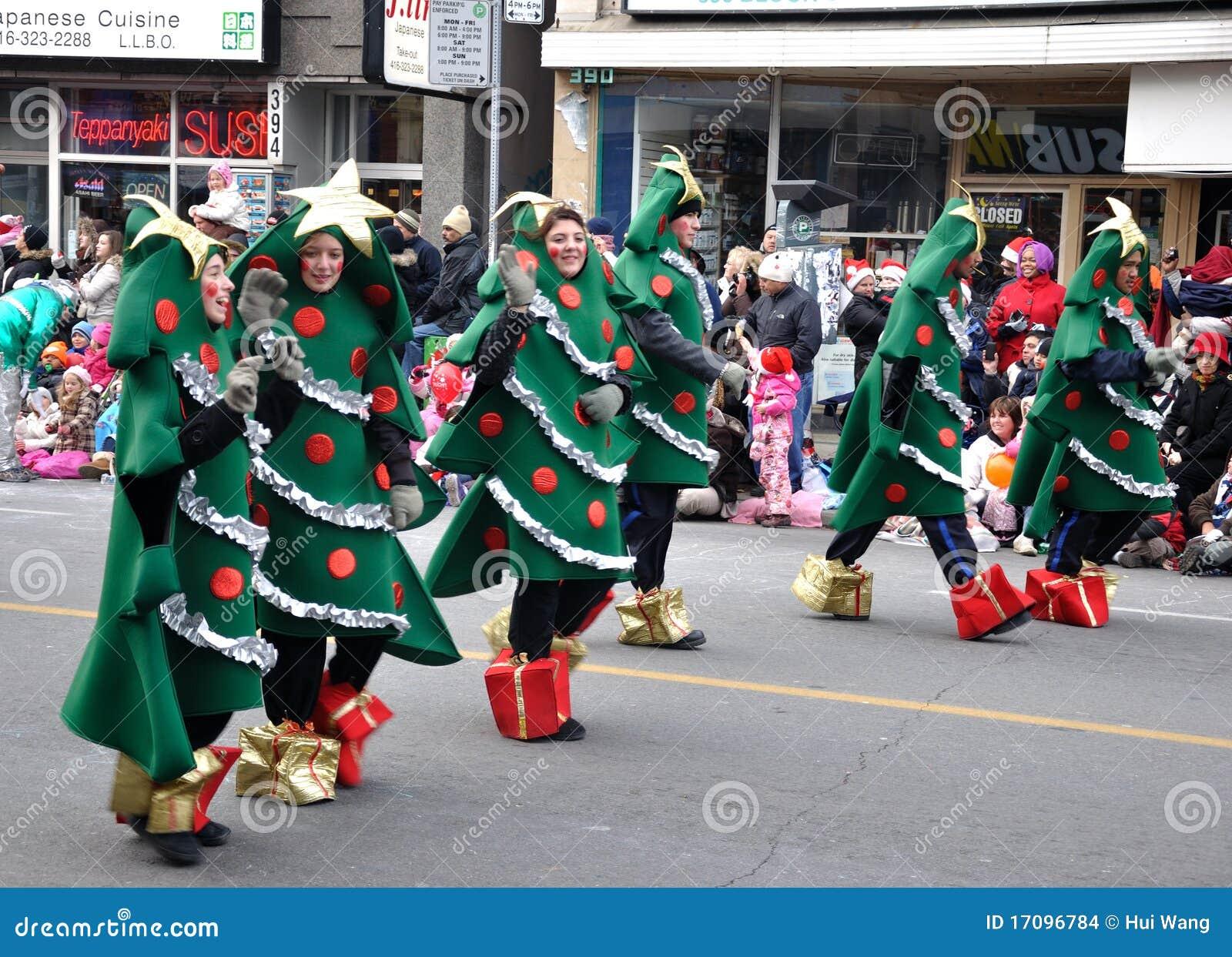 Christmas Tree In The Santa Parade Editorial Stock Image
