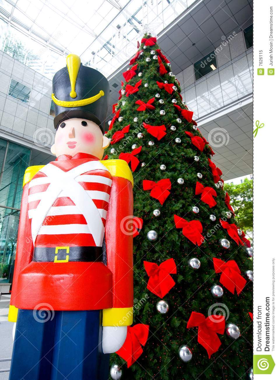 christmas tree and wooden soldier decoration - Christmas Decorations Wooden Soldiers