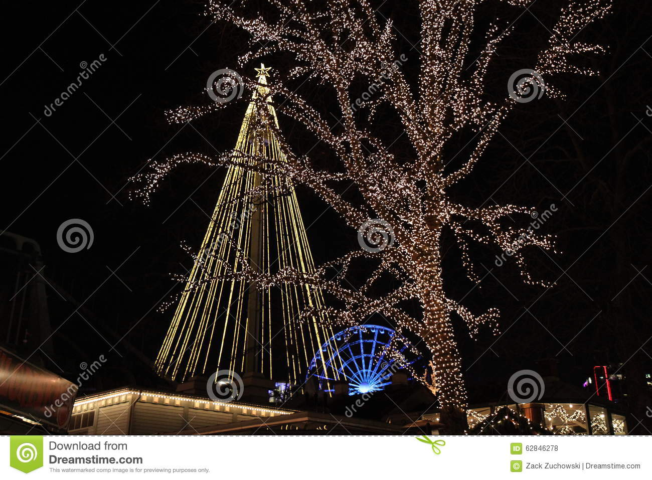 christmas trees and a ferris wheel - Christmas Ferris Wheel Decoration