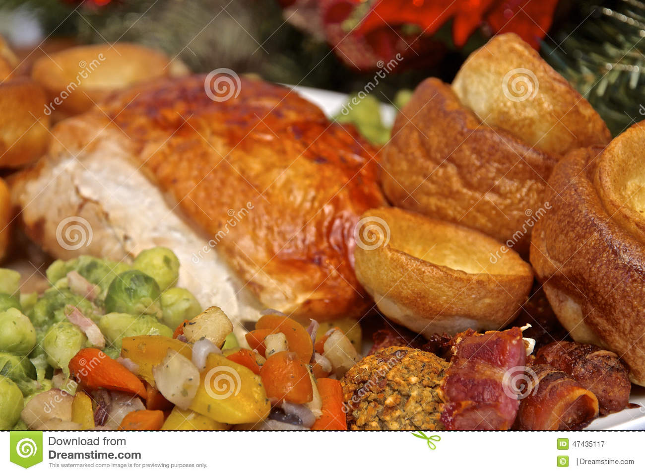 Christmas Turkey Dinner Stock Photo - Image: 47435117