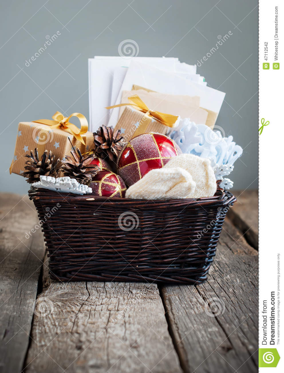 Christmas vintage gifts in a basket country style stock Country christmas gifts to make