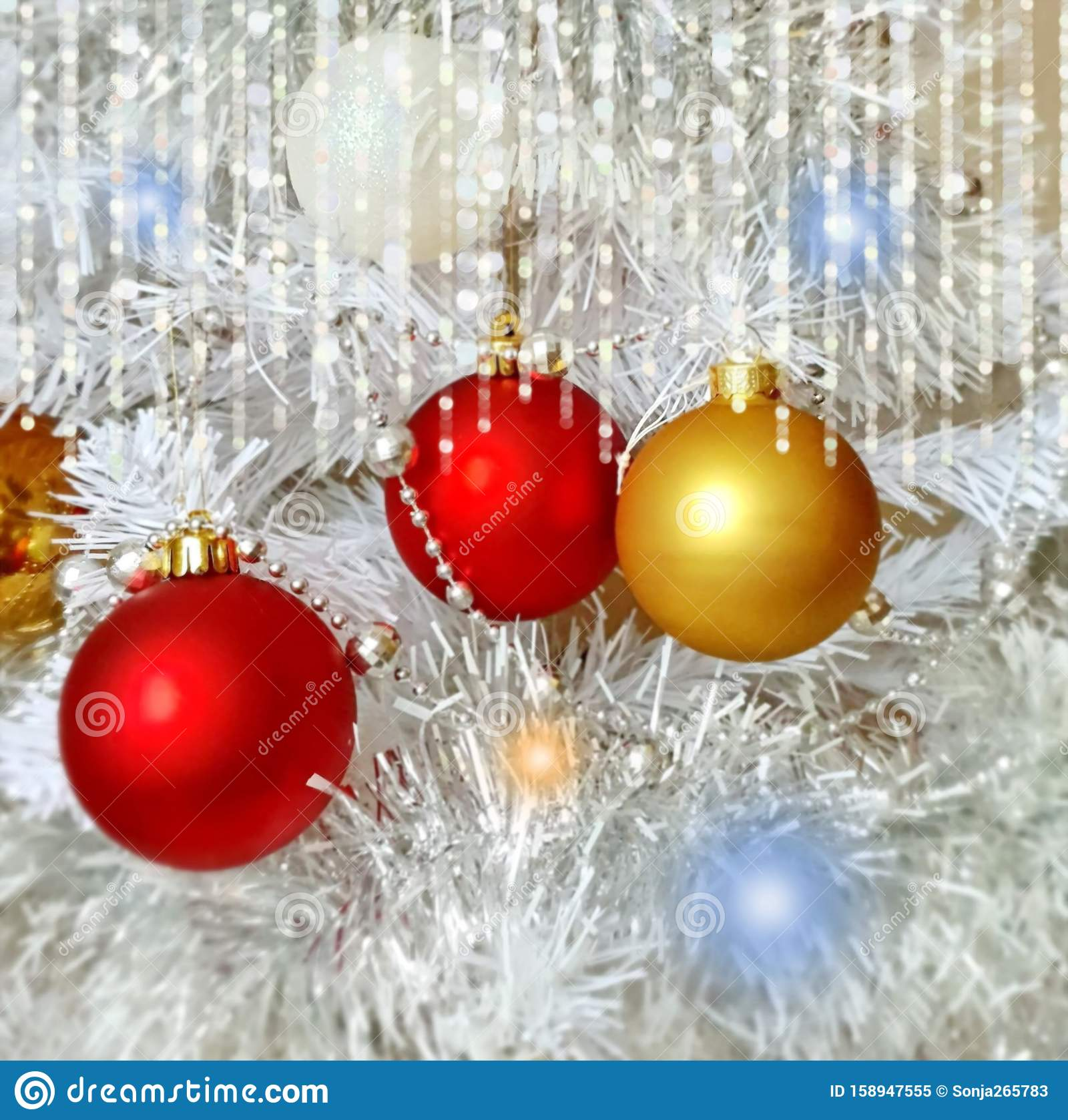 christmas wallpaper holiday white gold silver red green balls snowflakes light decoration new year blurry lights back modern 158947555