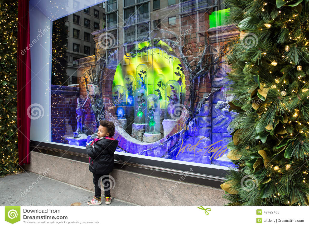 Lord And Taylor Christmas Window Display 2020 Lord And Taylor New York Christmas Windows 2020 Download | Zqpcyb