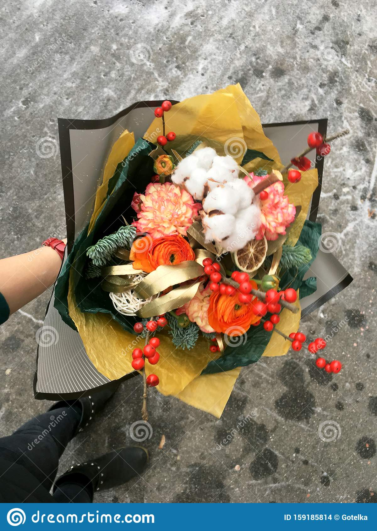 20 408 Winter Flower Bouquet Photos Free Royalty Free Stock Photos From Dreamstime