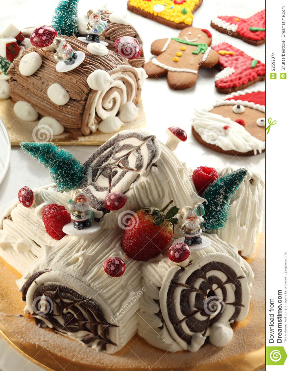 Christmas Yule Log Cake.Christmas Yule Log Cake Stock Photo Image Of Chocolate