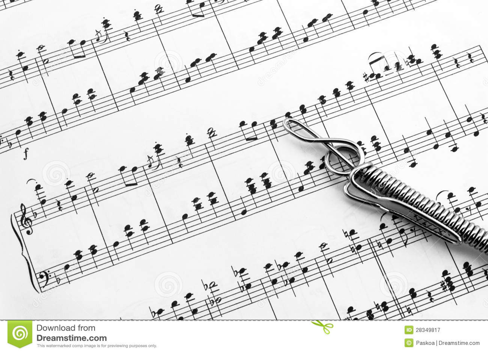 Chromu treble clef na szkotowej muzyce