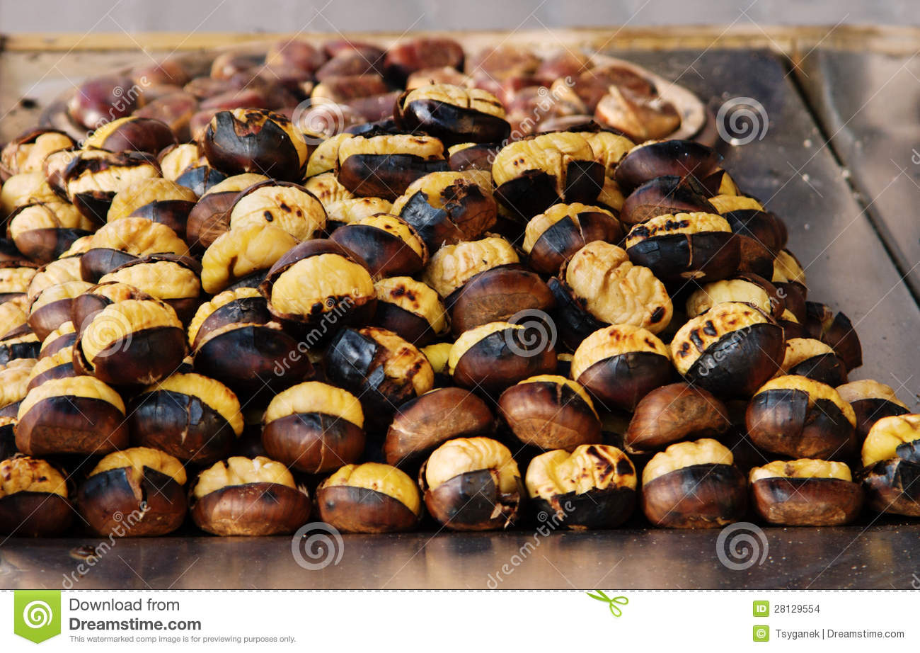 Ch taignes grill es images stock image 28129554 - Calories chataignes grillees ...