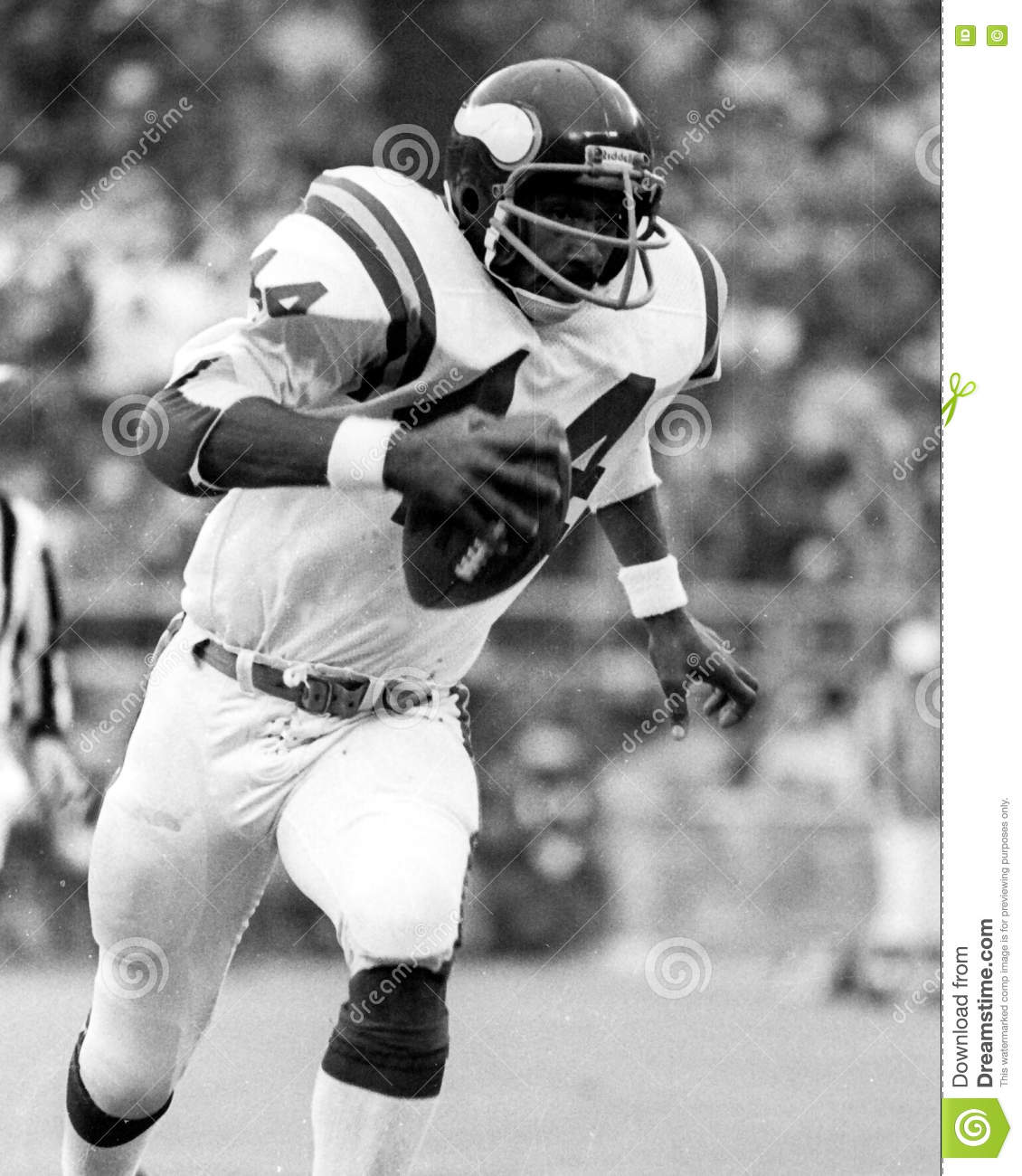 pretty nice 43f64 3daa0 Chuck Foreman editorial photo. Image of image, football ...