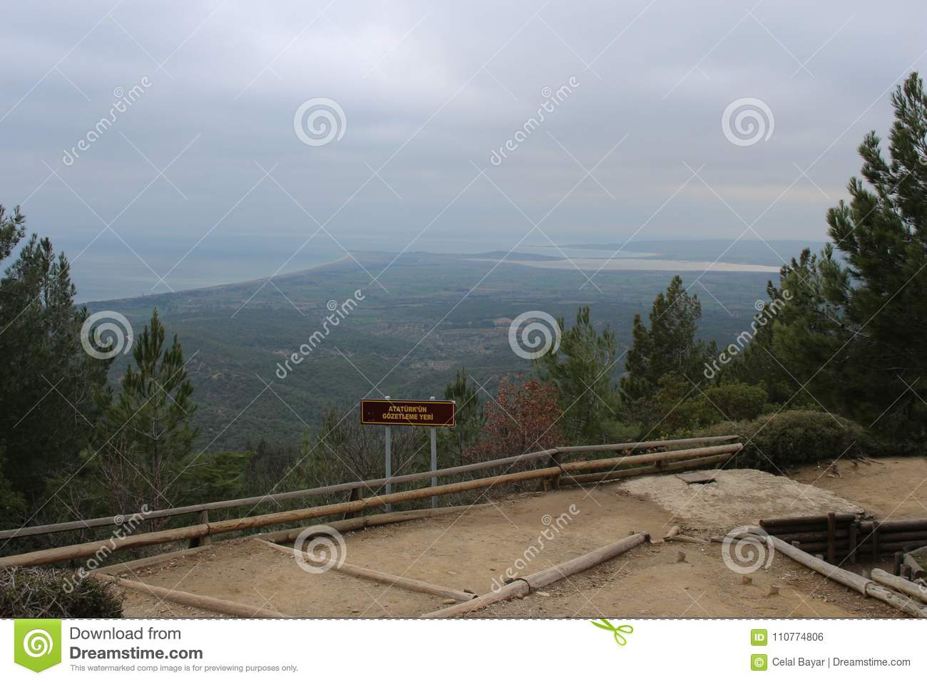 Download Chunuk Bair Cemetery editorial photo. Image of gulls - 110774806