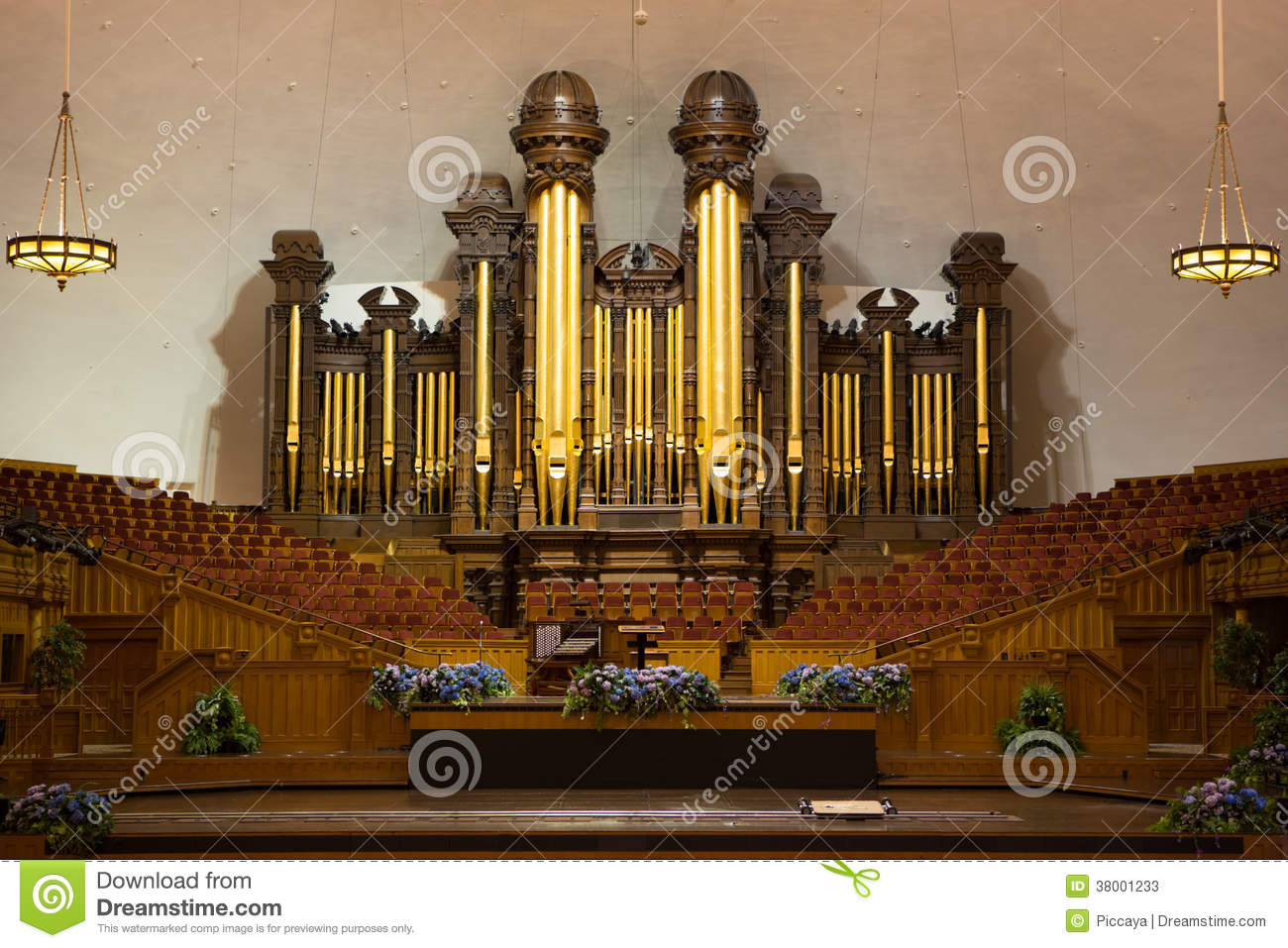 Church organ pipes at the Mormon Tabernacle