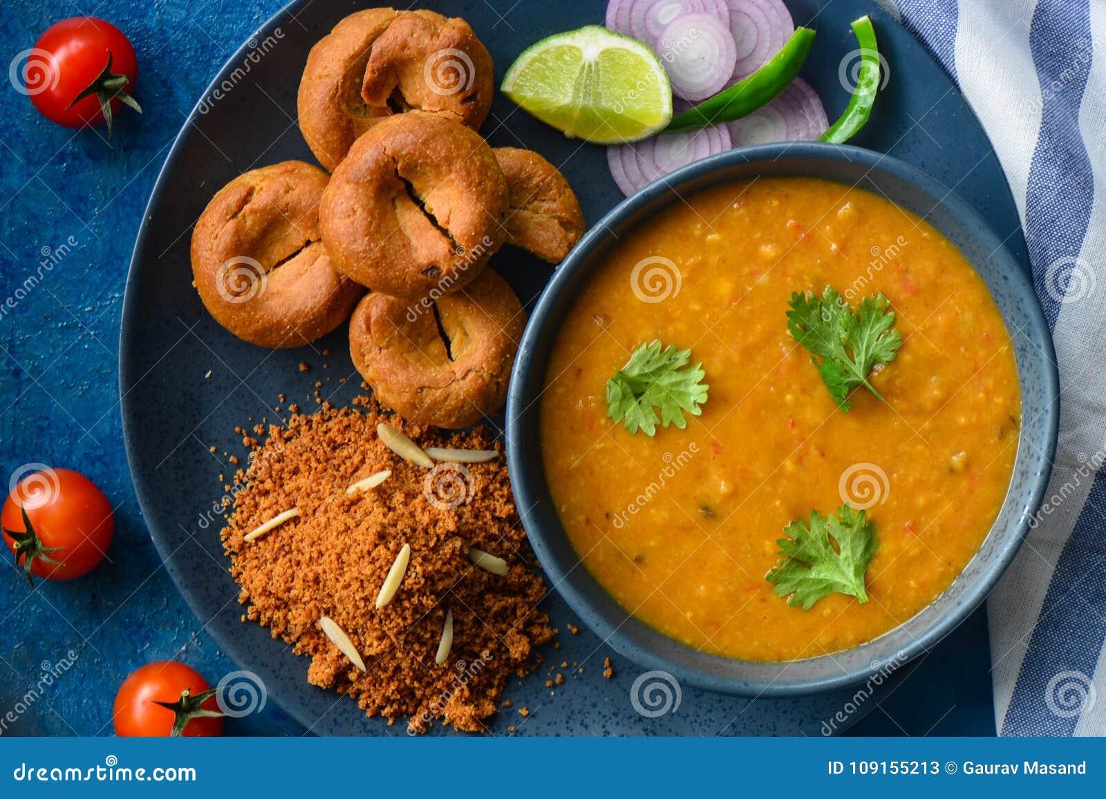 Churma indiano di baati pasto-dal