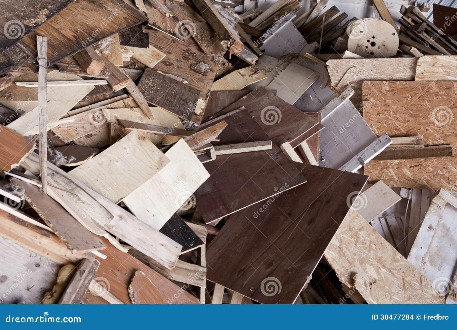 chute en bois images stock image 30477284. Black Bedroom Furniture Sets. Home Design Ideas