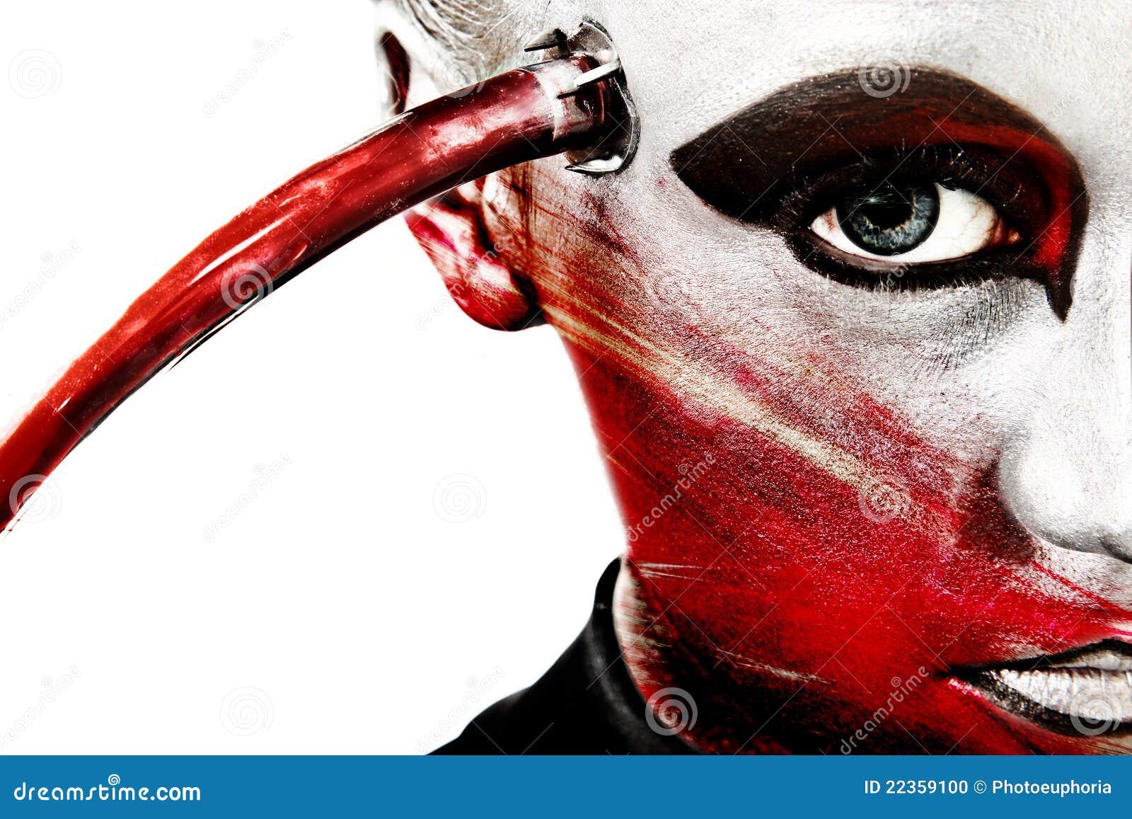 Ciérrese encima de los cosméticos artísticos de la cara extranjera