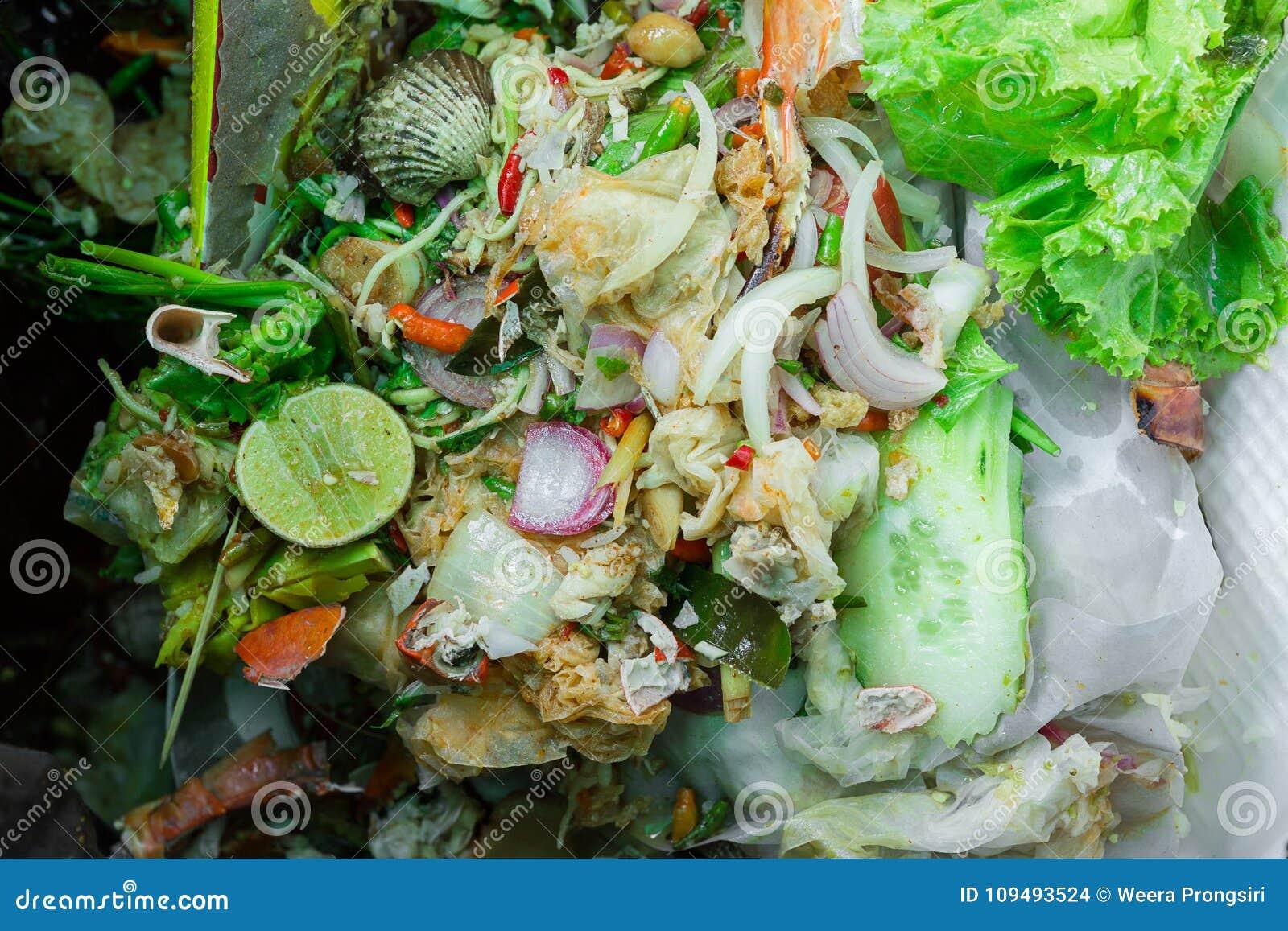 Ciérrese encima de los residuos orgánicos