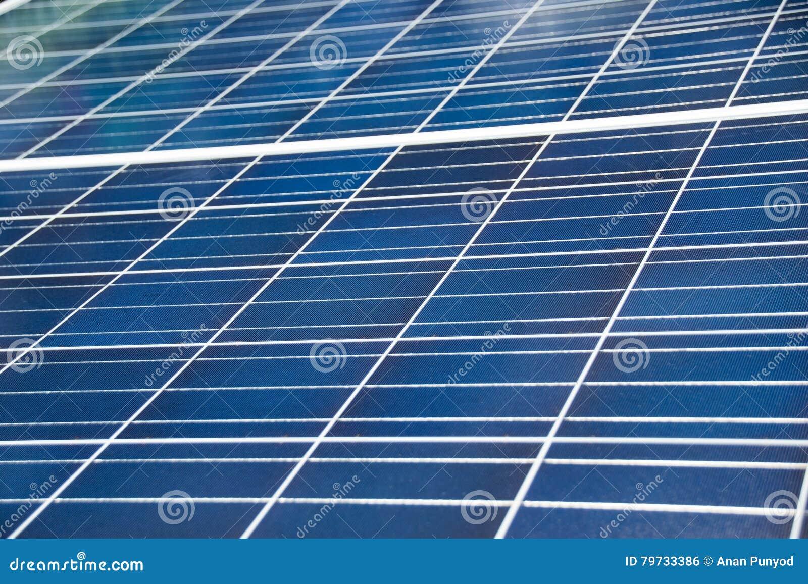 Ciérrese encima del panel azul de la célula solar para la industria