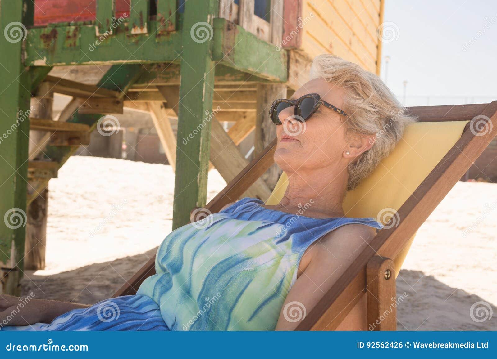 Con De Mayor Para Sol Ciérrese Arriba Gafas Mujer Que Las Yf7y6bgv