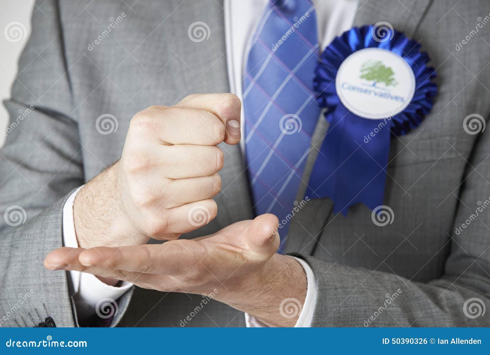 Ciérrese para arriba del político conservador Making Passionate Speech