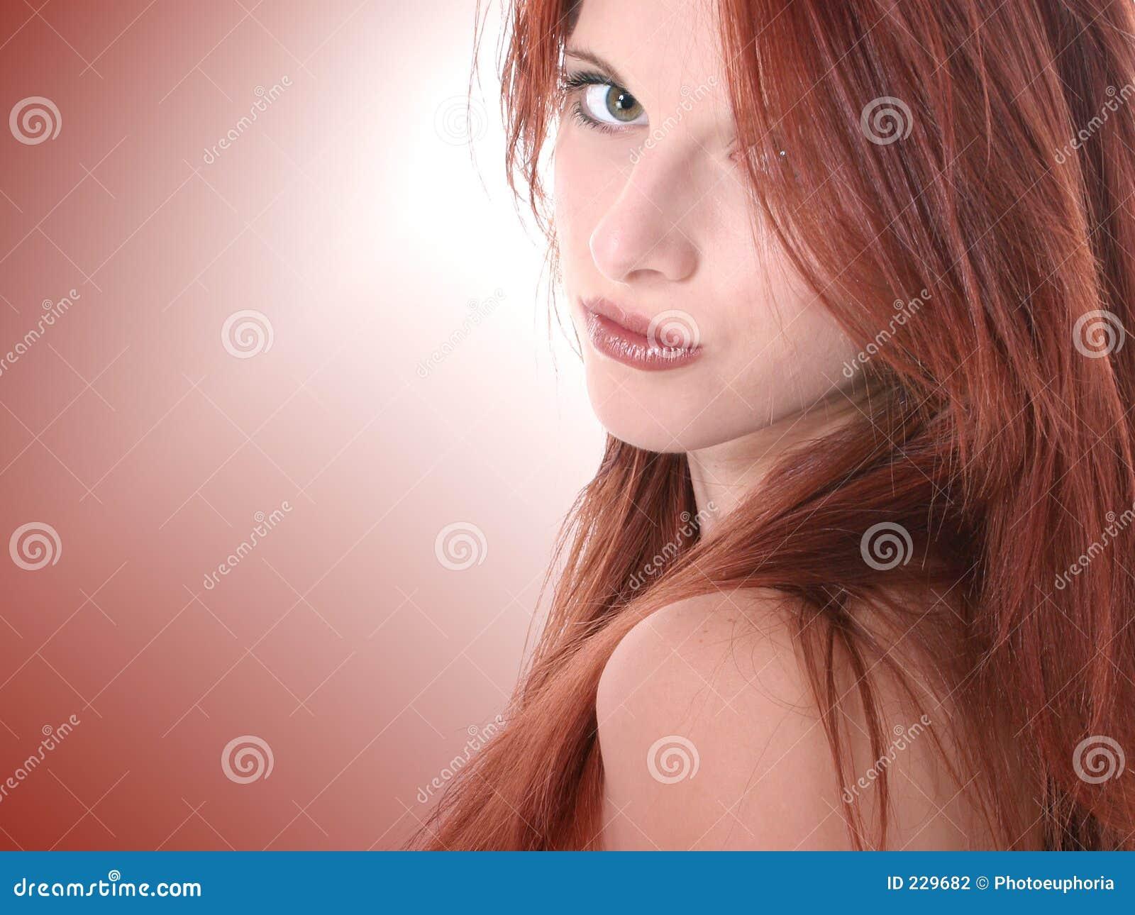 Ciérrese para arriba del Redhead hermoso de diecisiete años adolescente