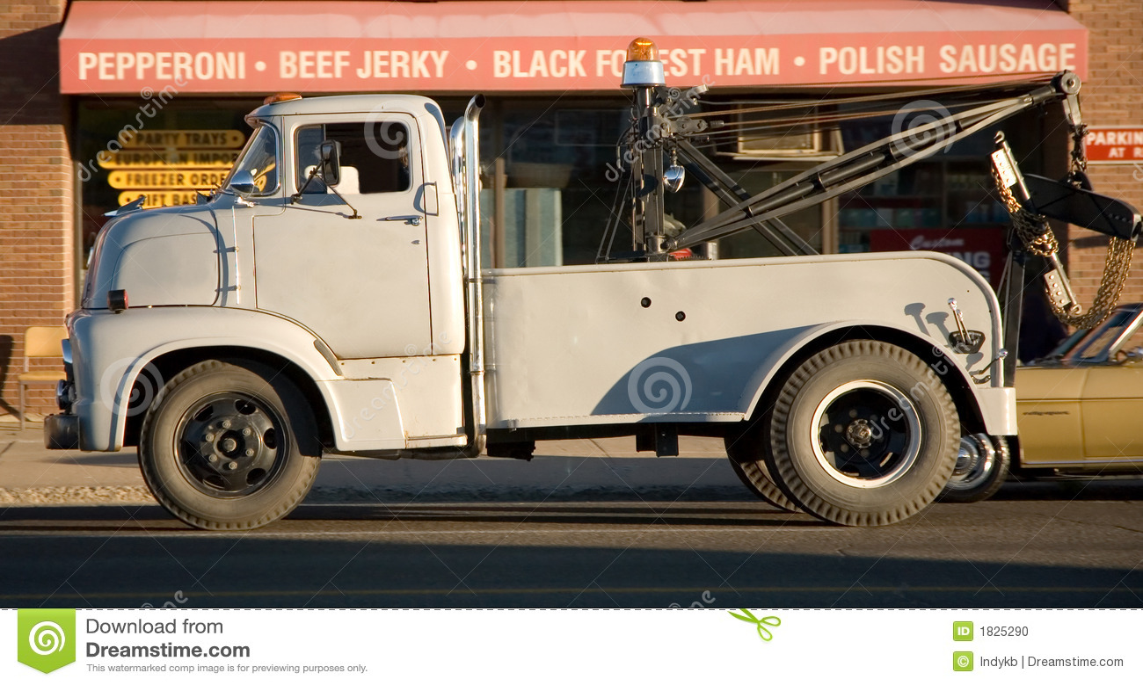 Ciężarówki holowniczej rocznik