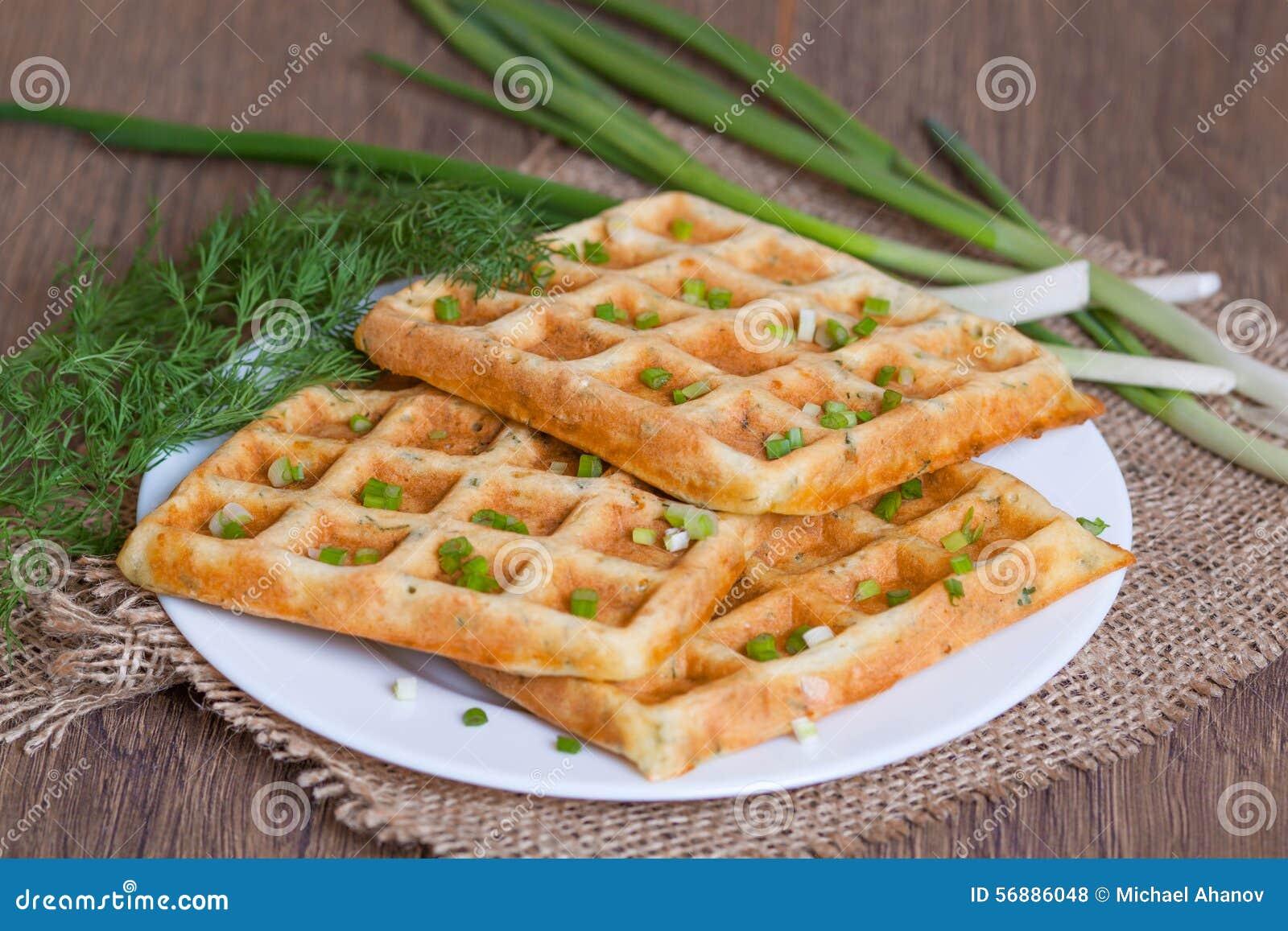 Cialde con le erbe ed il formaggio freschi
