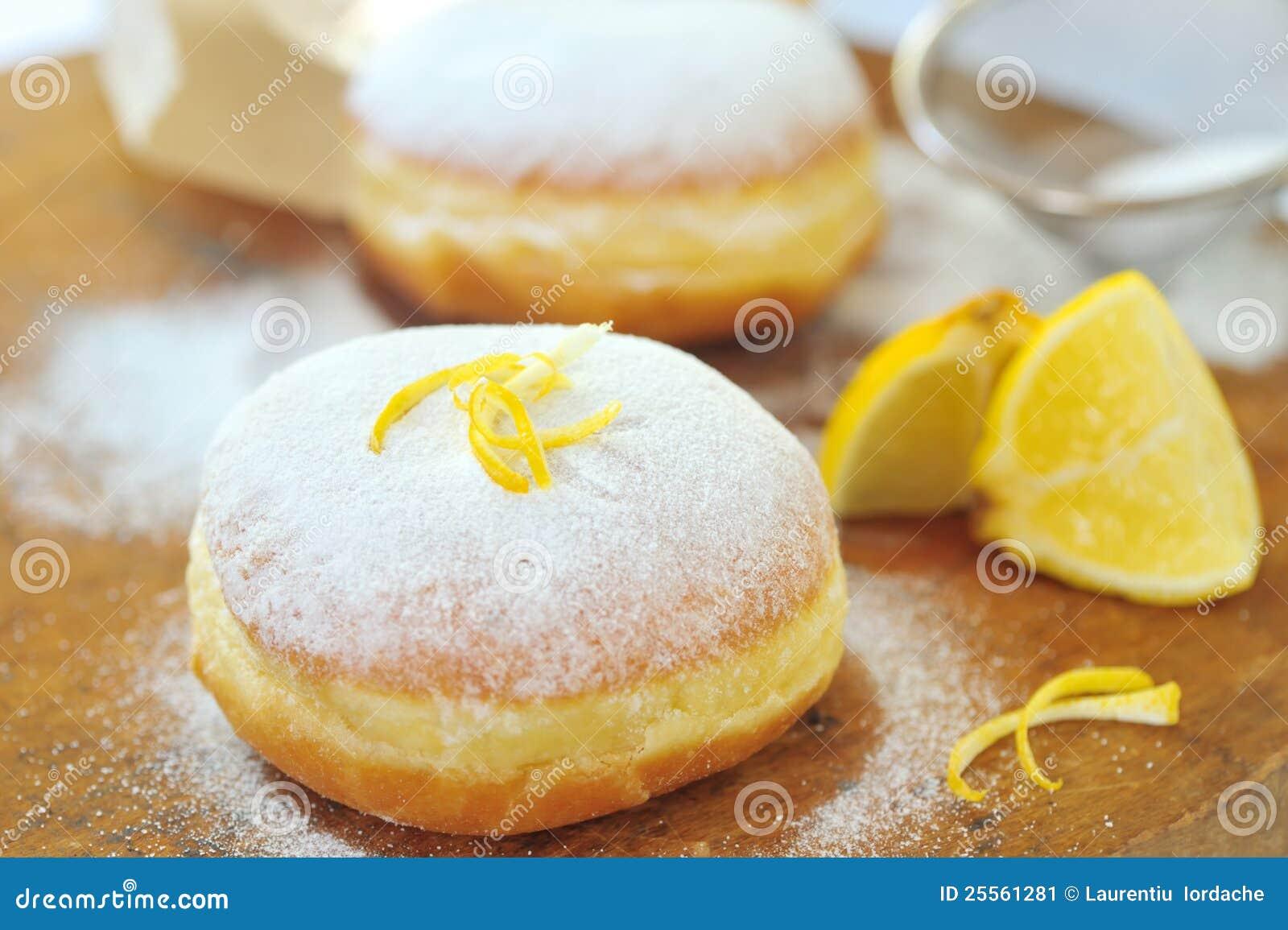 Ciambella con il limone