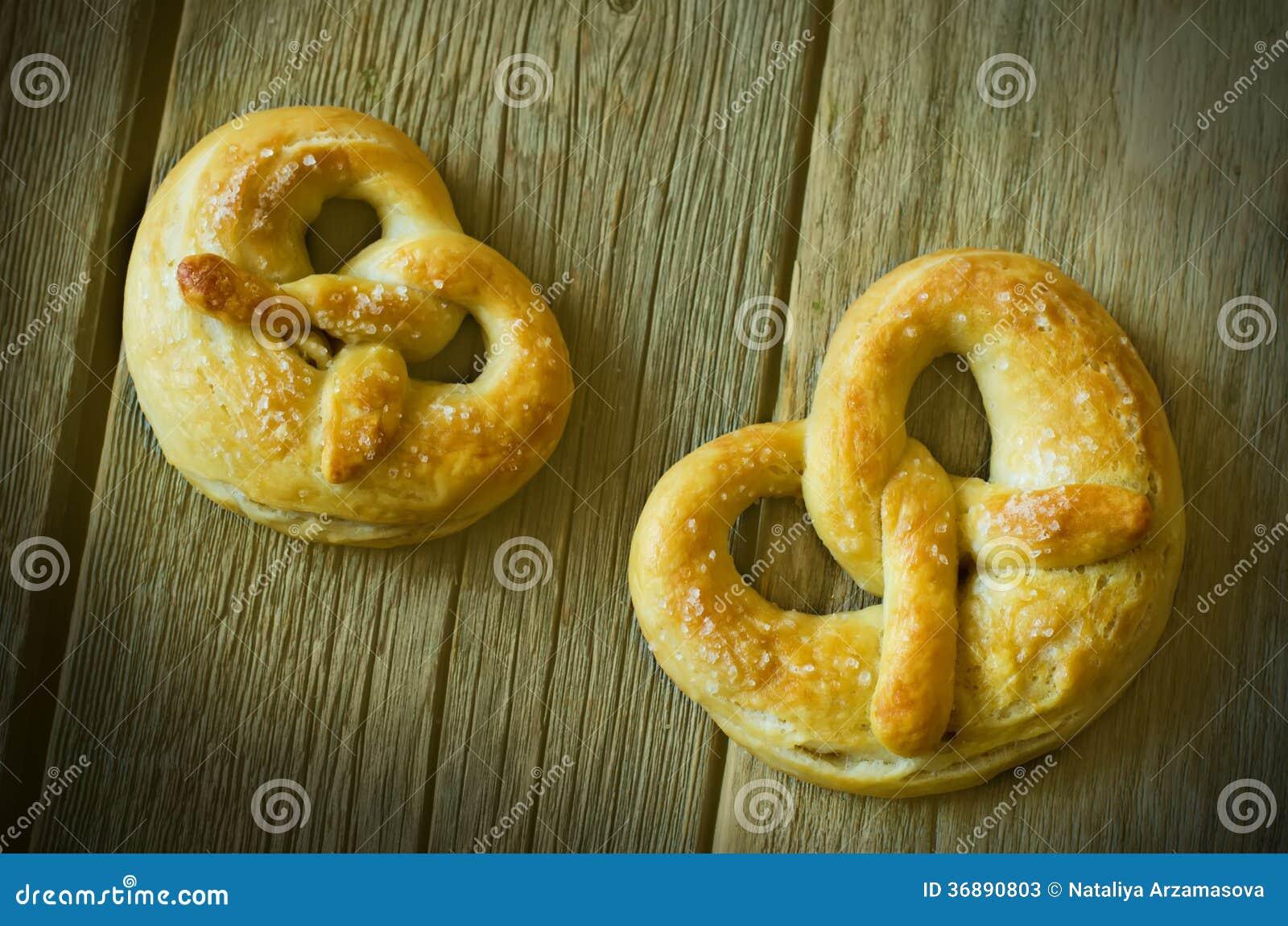 Download Ciambelline salate immagine stock. Immagine di pretzel - 36890803