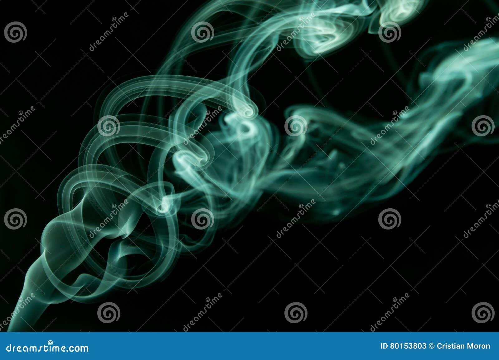 Ciano estratto del fumo
