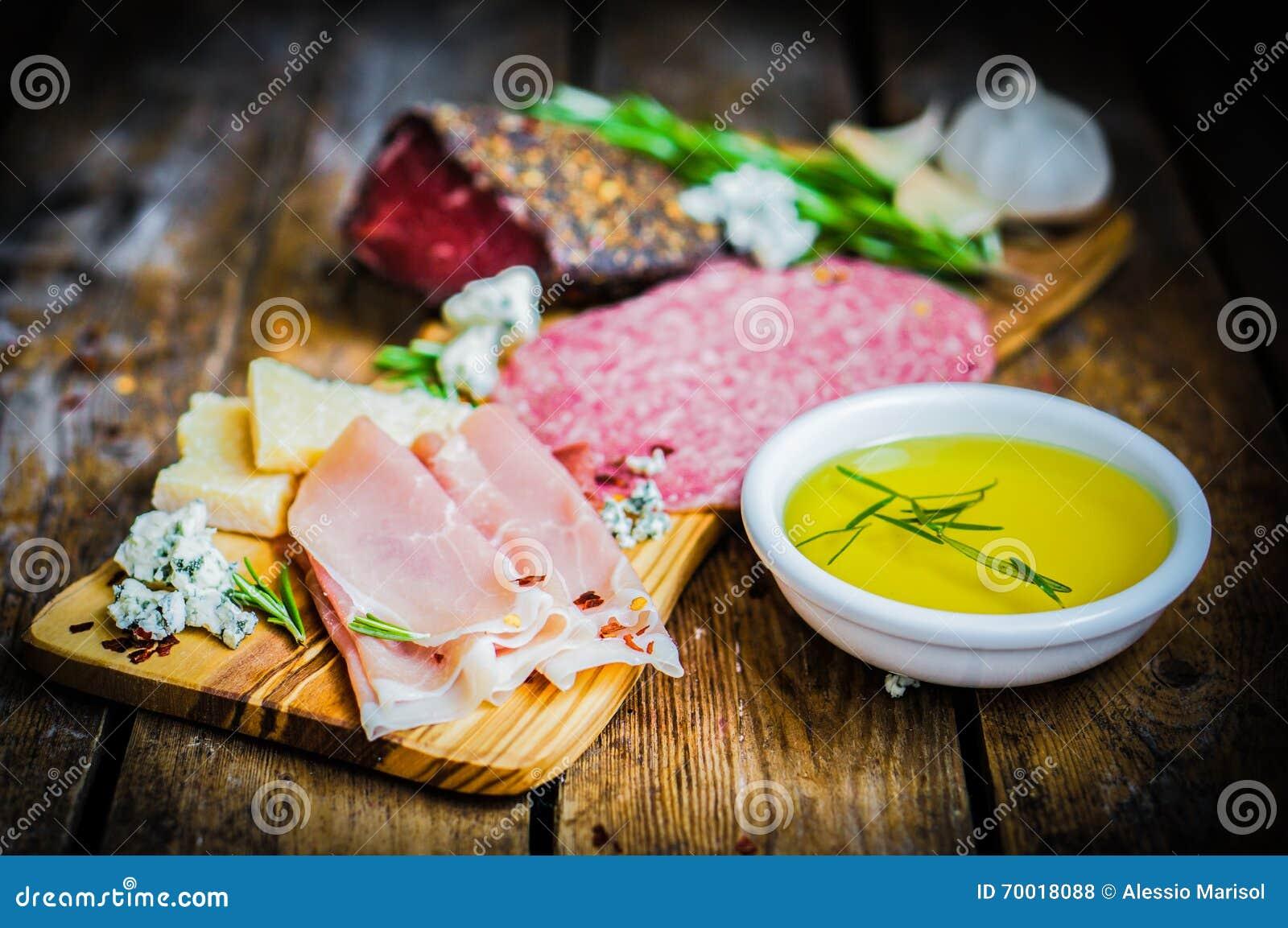 Ciapanie deska Asortowani Leczący mięsa, ser i miód z ro,