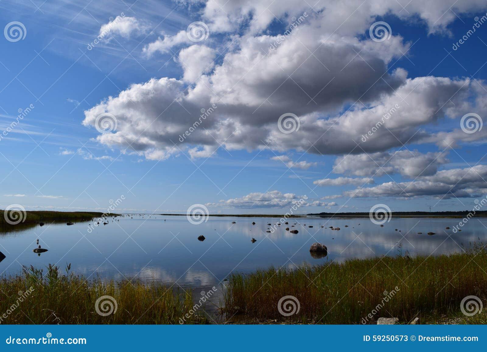 Cichy piękny nadmorski w Kuressaare, Estonia